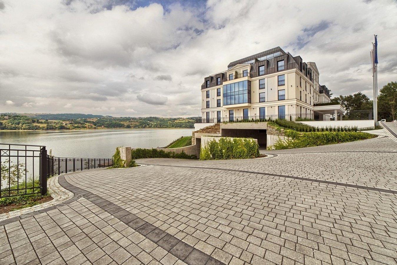 Heron Live Hotel - luksusowy hotel nad jeziorem